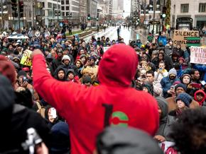 Protesters demand justice for Laquan McDonald in downtown Chicago
